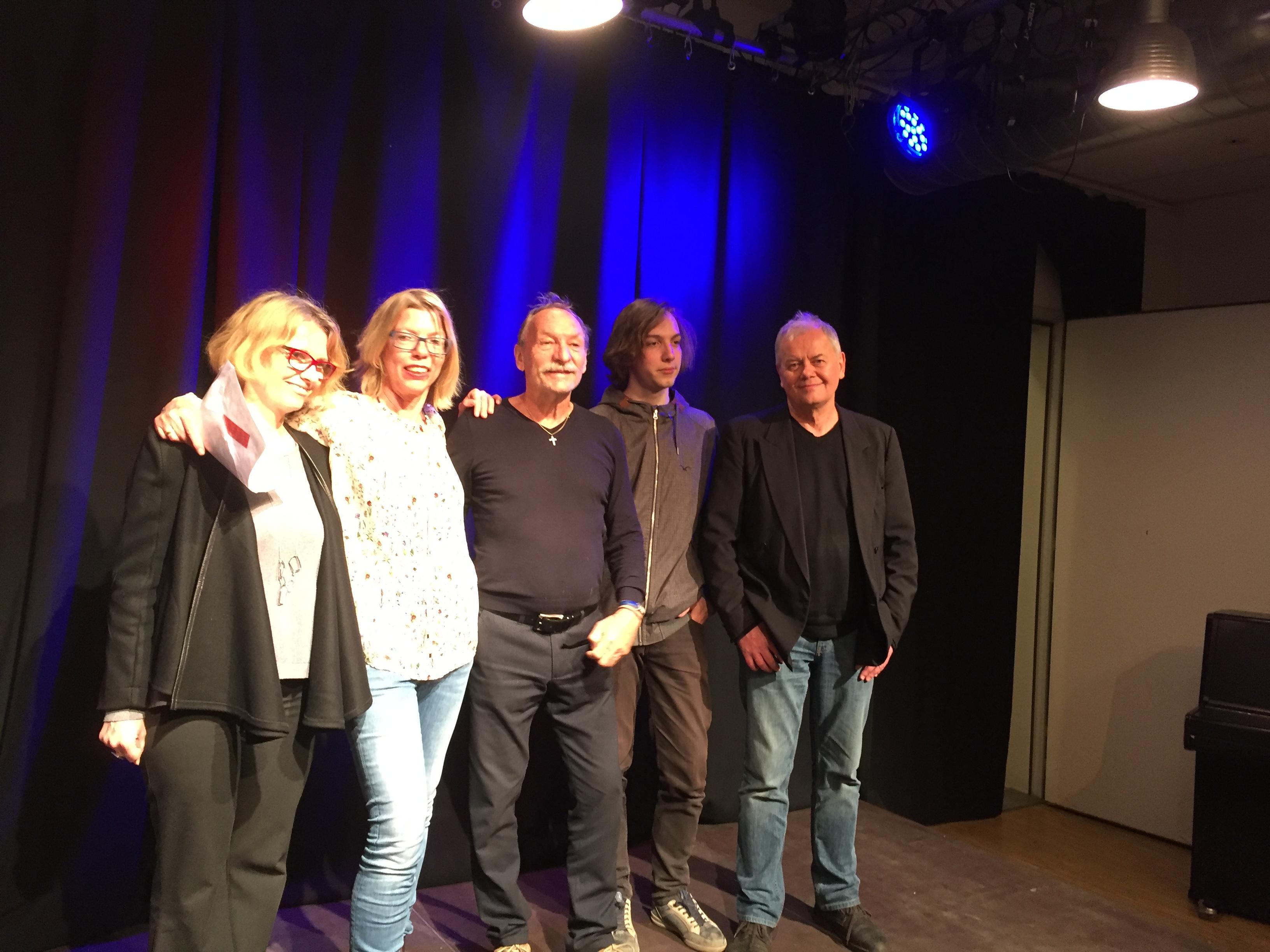 Gruppenfoto mit F.X. Kroetz
